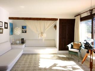 CALA LLAMP APARTMENT - Port d'Andratx vacation rentals