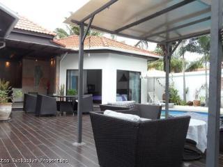 Terrific 4 Bedroom Pool Villa in View Talay Villas  - 287 - Pattaya vacation rentals
