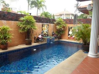 Charming 4 Bedroom Pool Villa  - 508 - Pattaya vacation rentals