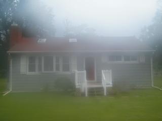 Lovely Cottage in Quiet Chesapeake Bay Community - Saint Leonard vacation rentals