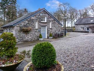 CAN BROW, pet-friendly single-storey cottage with woodburner, Graythwaite, Ref. 914053 - Hawkshead vacation rentals