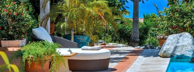 SPECIAL OFFER: St. Martin Villa 309 The Wide Open Design Of This Spacious 3 Bedroom Villa Is In Complete Harmony With Its Natural Setting. - Terres Basses vacation rentals