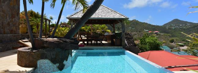 Casa Blanca SPECIAL OFFER: St. Barths Villa 47 This Beautiful House Is Literally Overhanging Grand Cul-de-Sac Lagoon. - Grand Cul-de-Sac vacation rentals