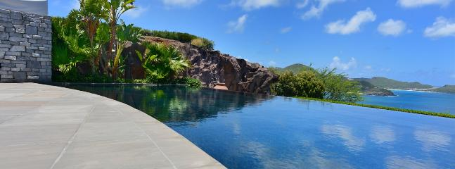 SPECIAL OFFER: St. Barths Villa 32 The Views Are Unparalleled On The Island. - Pointe Milou vacation rentals