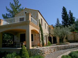 Villa Navalou in Ithaca, Vathi - Sami vacation rentals