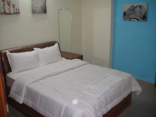 14 Square Airoli - Maharashtra vacation rentals