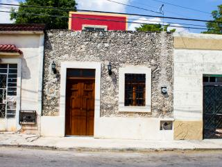 CHARMING HOME IN ERMITA - Merida vacation rentals