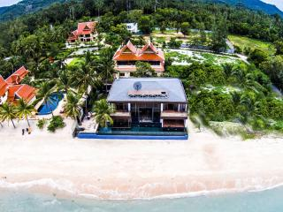 Villa U: 5* Beach-front  Villa with Infinity Pool - Koh Samui vacation rentals