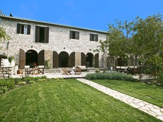 Stylish Stone Villa close to Greece's BEST beaches - Lefkas vacation rentals