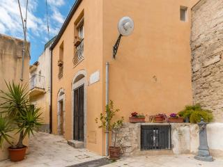Appartment Residenze SanPaolo - Ragusa vacation rentals