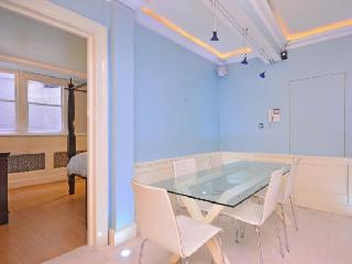 Four Bedroom Vacation Rental Apartment - London vacation rentals