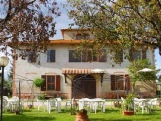 Agriturismo in Certaldo Casa per 16 persone - Certaldo vacation rentals