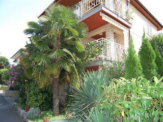 APARTMAJI SAMEC Apartment Brin for 4 guests - Izola vacation rentals