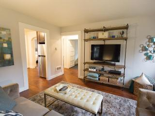 2 Bedroom Renovated Campus Cottage - Eugene vacation rentals
