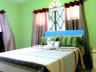 Vacation apartment in Rose Hall near Montego Bay - Jamaica vacation rentals