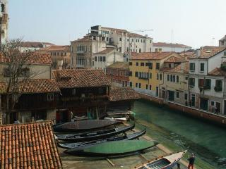 Gondola View | Villas in Italy, Venice, Rome, Florence and Paris - Tivoli vacation rentals