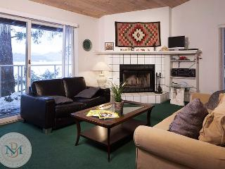 Centrally Located Condo Right on the Shore of Whitefish Lake! - Hungry Horse vacation rentals