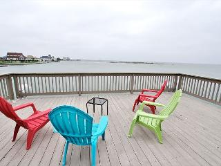 Bayfront views, beautiful sunsets, fishing or a short drive to the beach! - Galveston vacation rentals
