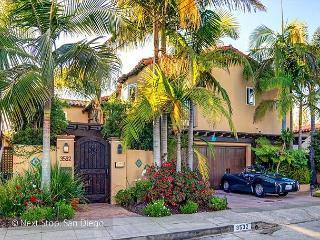 Luxurious, Gated Villa with Glorious Views + Outdo - San Diego vacation rentals