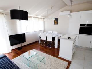 Deluxe suite Dalmatia - Omis vacation rentals