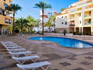 1 bed. apartment - Los Cristianos. Comple Guayero. - Santa Cruz de Tenerife vacation rentals