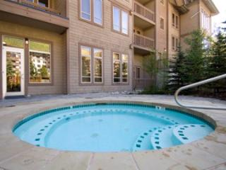 Copper Mtn Taylors Crossing 413 - Copper Mountain vacation rentals