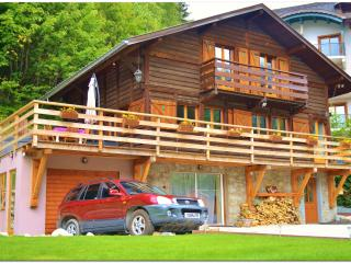 Chalet Falcon with jacuzzi, wifi, bbq, sun deck - Chamonix vacation rentals