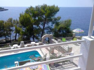 SesulaBayResort Unit 4 - Maslinica vacation rentals
