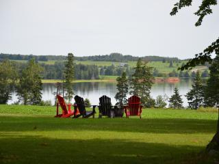 Westville Vista; Relax, Connect, Enjoy. - Fairview vacation rentals