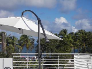 Top floor 2 bedroom. One block from the Beach!!! - San Juan vacation rentals
