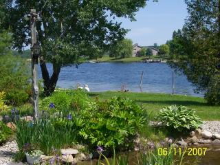 NORTHERN MICHIGAN INLAND WATERWAY  COTTAGE - Northeast Michigan vacation rentals