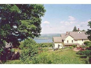 Finger Lakes Apartment Lake Canadaigua - Canandaigua Lake vacation rentals