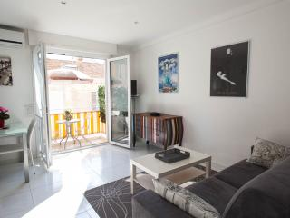 Nice Studio in the Old Town - Cannes vacation rentals