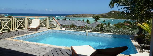 SPECIAL OFFER: St. Barths Villa 121 Bedrooms Open On The Terrace And The Swimming Pool Which Overhangs The Lagoon And The Ocean. - Grand Cul-de-Sac vacation rentals