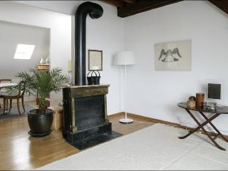 SURAH serviced apartment charming 1920 house - Lausanne vacation rentals