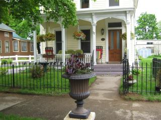 Victorian 3 BR with porches near Track & Downtown - Capital Saratoga vacation rentals