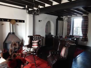 Delfryn, 3 Bedroom House, Aberdovey Centre - Aberdovey / Aberdyfi vacation rentals