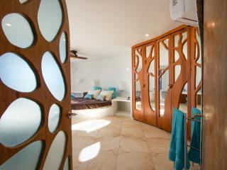 Vacation Rental in the Caribbean. Lux. Swan Villas - Placencia vacation rentals