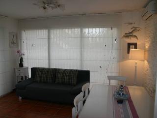 Ivano nice apartment for 6 people - Novalja vacation rentals