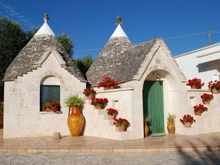 Trullo Al Monte B&B - Ceglie Messapica vacation rentals
