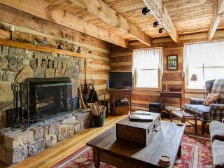 2 Bedroom | Great Views | Pet Friendly | Sleeps 5 - Hot Springs vacation rentals
