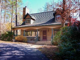 Luxury mountain vacation rental in Highlands, NC with lake access - Blue Ridge Mountains vacation rentals