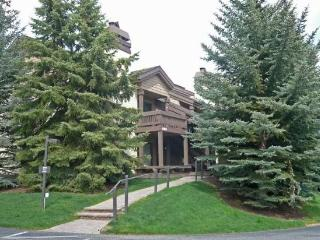 Fairway Nine #4358, Elkhorn - On Site Pool and Hot Tub - Sun Valley vacation rentals