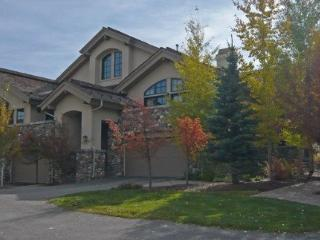 Fairway One #5006 - Elkhorn - Beautiful Townhome on the golf course, Long term and Seasonal rentals - Ketchum vacation rentals