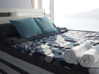 Mid-Floor Seaview NICE Room - Hong Kong vacation rentals
