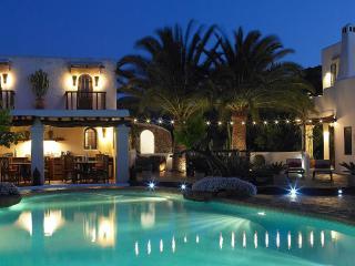 Hidden Gem of Ibiza, favourite of many Pop Stars - San Jose vacation rentals