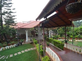 14 Square  Kakanad 1 - Kochi vacation rentals