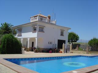 Beautiful Garden Apartment and Large Private Pool - Costa del Sol vacation rentals