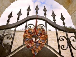 Un cuore di trullo - Stunning Trullo House - Cisternino vacation rentals