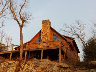 Hunters' Lodge - Chattanooga vacation rentals